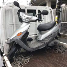 四日市駅にて バイク廃車 ベーシックジョグ 鍵なしの写真