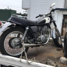 鈴鹿市大池 バイク引き取り SR400 長期放置車両の写真